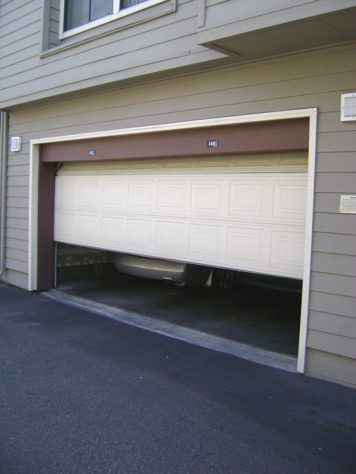 safety-check-for-automatic-garage-door
